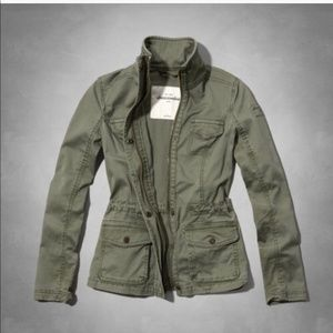 Abercrombie & Fitch Green Military Cargo
